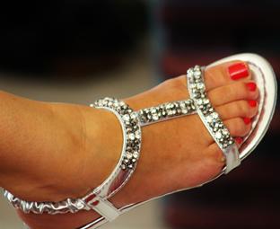 sandal-476365_2
